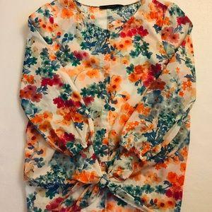 **NWT** Zara Floral Front Tie Top